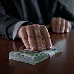 corruzione-mazzetta-corbis--258x258
